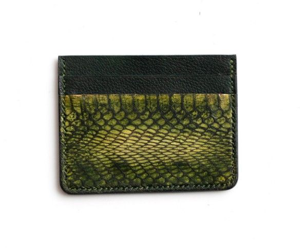 Picture of Green Leather Credit Card Wallet 1/1