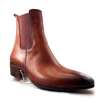 Don's Footwear is Bespoke Shoemaker specializing in well